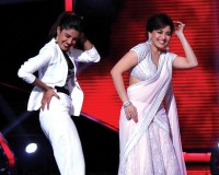 Priyanka and Madhuri at Jhalak Dikh La Ja
