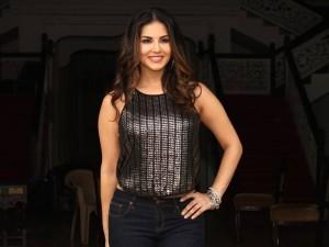 Sunny Leone's 'Dangerous Husn'