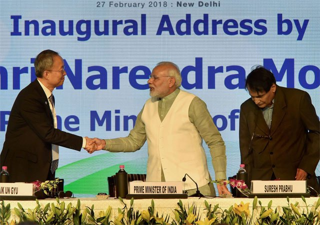 दुनिया के साथ कारोबार करने के लिए भारत तैयार: प्रधानमंत्री मोदी
