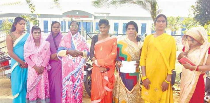 सूरजपुर में विद्या किन्नर उतरी चुनाव के मैदान में