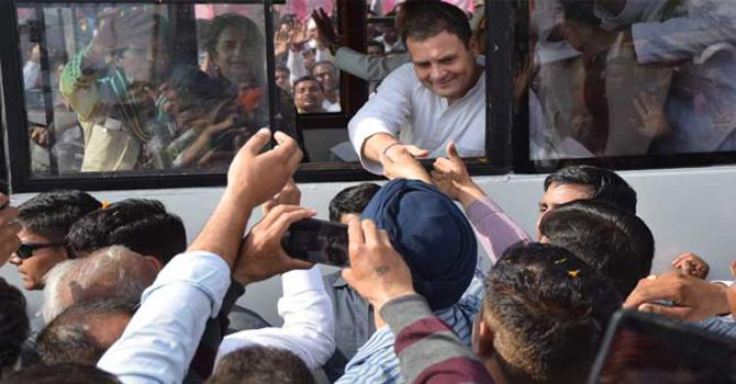 Live: हरियाणा में रैली के बाद राहुल गांधी का रोड शो
