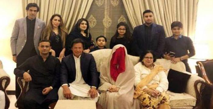 पाकिस्तानी PM इमरान की तीसरी पत्नी भी छोड़कर जाने को तैयार