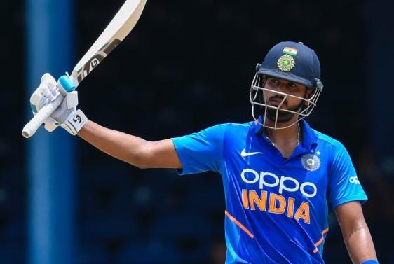 श्रेयस अय्यर का शानदार शतक, भारत ने न्यूजीलैंड को दिया 348 रन का लक्ष्य